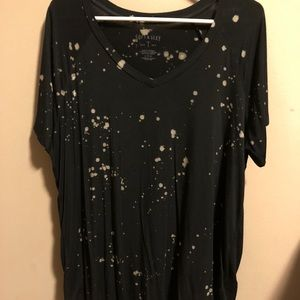 American Eagle Paint Splatter T Shirt